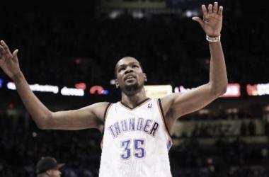 Los Grizzlies rozan la victoria pero Durant se la arrebata en el último minuto