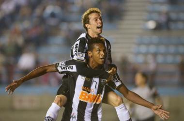 Dupla do Galo e da Seleção Brasileira pode pintar nos Dragões na próxima temporada (Foto: http://www.simnoticias.com.br/.com)