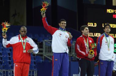 Rubén Limardo con su medalla de oro.