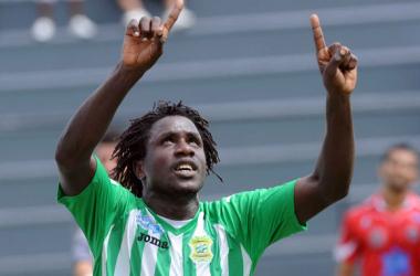 Delberth, además de futbolista es misceláneo en Japdeva