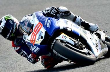 Jerez: pole di Lorenzo, Rossi quinto