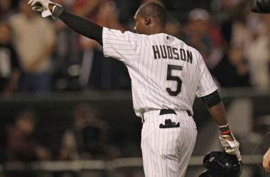 El tercera base Hudson celebra tras dar el hit ganador (AP)