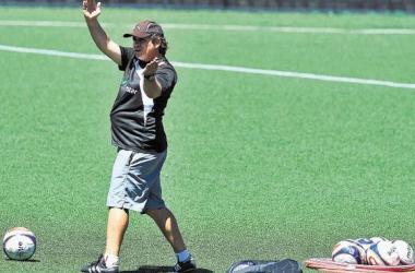 Óscar Ramírez presentó su renuncia como DT de Liga Deportiva Alajuelense