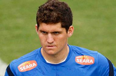 Imprensa italiana afirma que Napoli acertou verbalmente com goleiro Rafael
