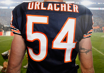Brian Urlacher se retira tras 13 temporadas al máximo nivel