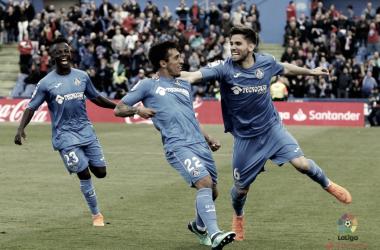 Damián Suárez celebrando el golazo que marcó ante el RCD Espanyol. / Foto: La Liga