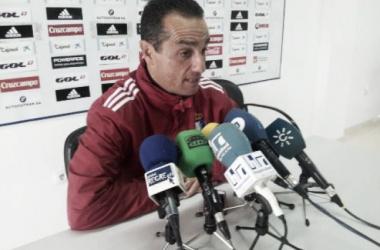 José Luis Oltra en rueda de prensa | Foto: Hispanidad Radio.