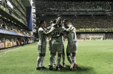 Jogadores do Palmeiras comemoram o gol de Lucas Lima (Foto: Cesar Greco/Ag Palmeiras/Divulgação)