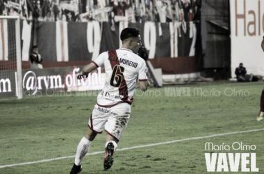Álex Moreno durante un partido | Fotografía: María Olmo