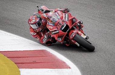 MotoGP FP2 GP de España 2021:Bagnaia marca el mejor tiempo