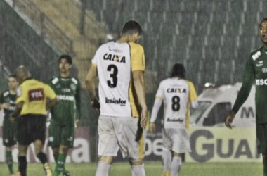 Sob forte chuva, Guarani e Criciúma empatam no Brinco de Ouro