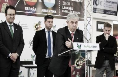 Venancio López da a conocer los 14 citados para enfrentar a Argentina (Foto: Móstoles al Día)