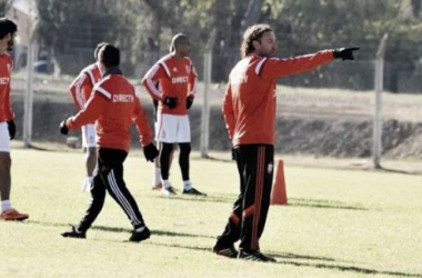 Fútbol bajo las órdenes de Gabriel Milito (Foto: Planeta Edlp).