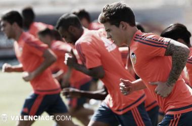 Valencia inicia preparação para temporada 2015/16