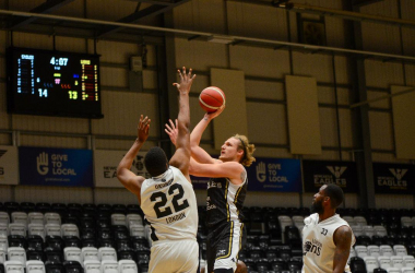 03/12/20 - Kingsley Okoroh contests Evan Maxwell's shot during London Lions' loss at Newcastle Eagles (SOURCE - BBL)