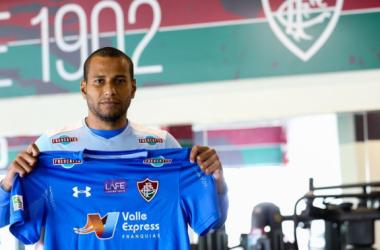 Goleiro Rodolfo é anunciado como novo reforço do Fluminense