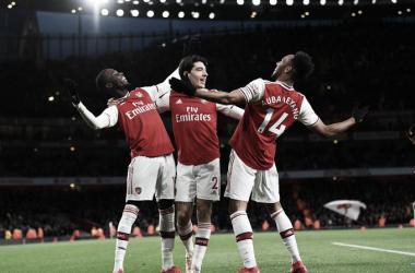 El Arsenal aprieta para meterse en Champions