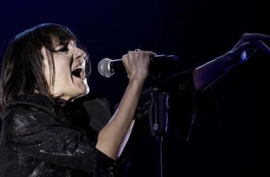 Eva Amaral interpretando uno de sus temas en directo   Foto: Amaral