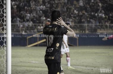 xPedro Rentería lamentándose después de que Dorados fallara una jugada. Fotografía: Nallely Calderón | VAVEL México