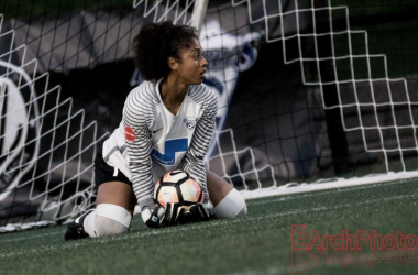 Abby Smith makes a save during the Breakers 3-0 win over the Seattle Reign | Source: E.Sbrana - Earchphoto