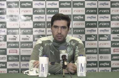 Abel Ferreira após Palmeiras 1 a 1 Corinthians (TV Palmeiras / FAM / Divulgação)