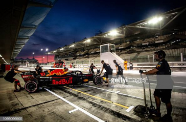 Red Bull at pre-season testing in Abu Dhabi (Photo credit: James Bearne, Getty images)