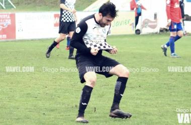 Marcos Arango celebra el segundo gol del Llanera | Foto: Diego Blanco - VAVEL