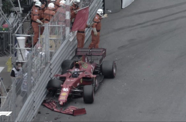 Accidente de Charles Leclerc en la Q3 que provocó la bandera roja y su pole. (Fuente: Twitter @F1)