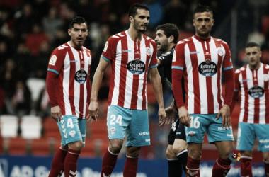 Jugadores del Lugo en el último partido de Liga / Foto:LaLiga