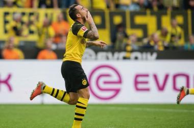 Bundesliga - Il Dortmund vince 4-3 in extremis, successo di Schalke e Hannover, frenata Herta: i risultati del pomeriggio