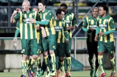 Feyenoord é derrotado pelo lanterna da Eredivisie