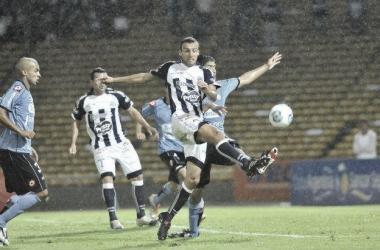 El gol del Matador para eliminar al Pirata (Foto: Mundo D).