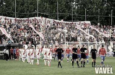Salida al campo de los protagonistas en el Rayo-Athletic de la temporada 2014/15 | Foto: Dani Mullor