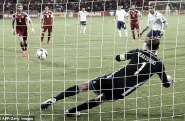 Portugal bate Arménia: Cristiano Ronaldo de luxo salva exibição cinzenta