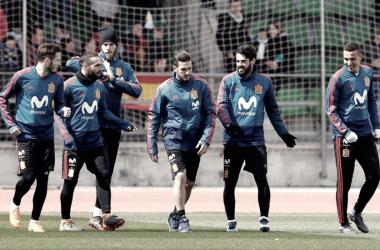 Los chicos de La Roja en una sesión de entrenamiento Fuente: sefutbol.com