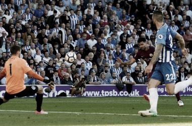 Aguero define ante Ryan | Foto: Premier League,