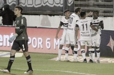 El colombiano, Johan Carbonero, abrió el marcador en un partido cerrado. Fuente: (La Nación)