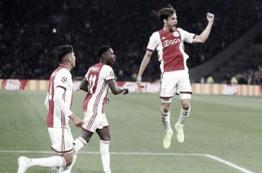 Ajax não dá chances, derrota Lille e começa bem na Champions League