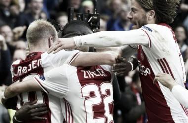 Europa League, l'Ajax sotterra il Lione: 4-1 ad Amsterdam. Lancieri con un piede in finale