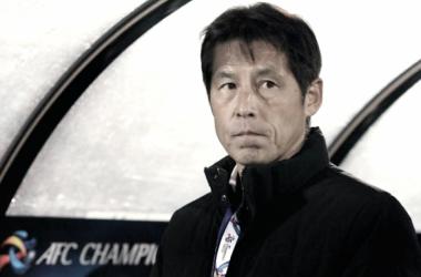 """Akira Nishino: """"Me preocupa el estado anímico de mis jugadores, están impactados por el terremoto de Osaka"""""""