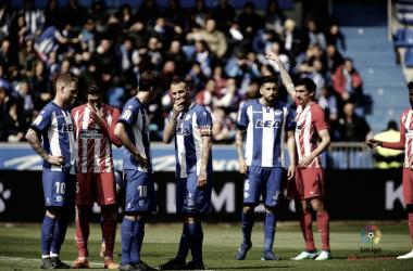 El Alavés sólo cae de penalti