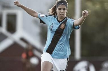 Alba Redondo, durante un partido con la selección española. FOTO: UEFA