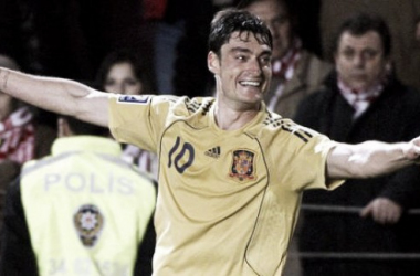 Albert Riera festeja su gol a Turquía en el partido de clasificación para Sudáfrica 2010 I Foto: EFE