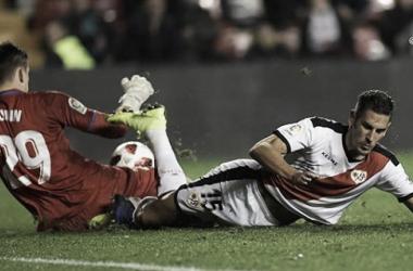 Álex Alegría en el partido ante el Leganés en la Copa del Rey   Fotografía: Rayo Vallecano S.A.D.