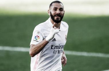Benzema no se entrena y es baja para Valladolid