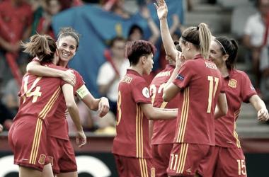 La Selección Española celebrando un gol. / Fuente: Sefutbol.