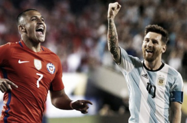 Alexis Sánchez y Lionel Messi (Foto: Infobae)