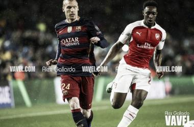 Jérémy Mathieu la pasada temporada frente al Arsenal. Foto: Álex Gallardo, VAVEL
