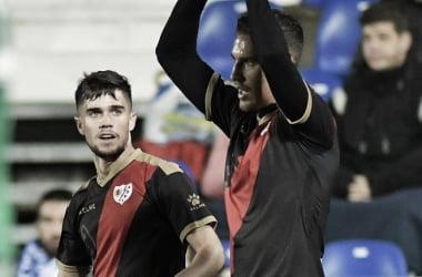 Álex García junto a Pozo celebrando el gol suyo. Fotografía: Rayo Vallecano S.A.D