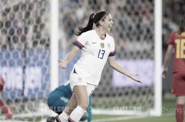Alex Morgan celebrates her goal (Photo: Vavel,com/Jenny Chuang)